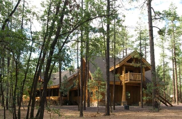 4-log-home-in-woods-508