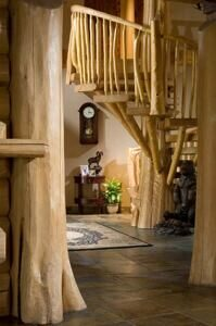 12-handcrafted-log-foyer-1