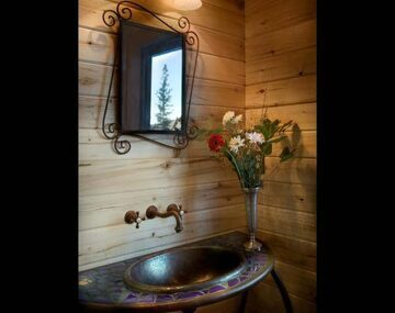 21-log-cabin-bathroom-mc2